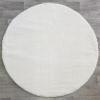 0a white white daire
